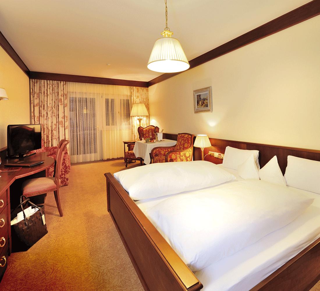 Wohnkomfortzimmer Klassik im Alpbacherhof für Wellnessurlaub Tirol