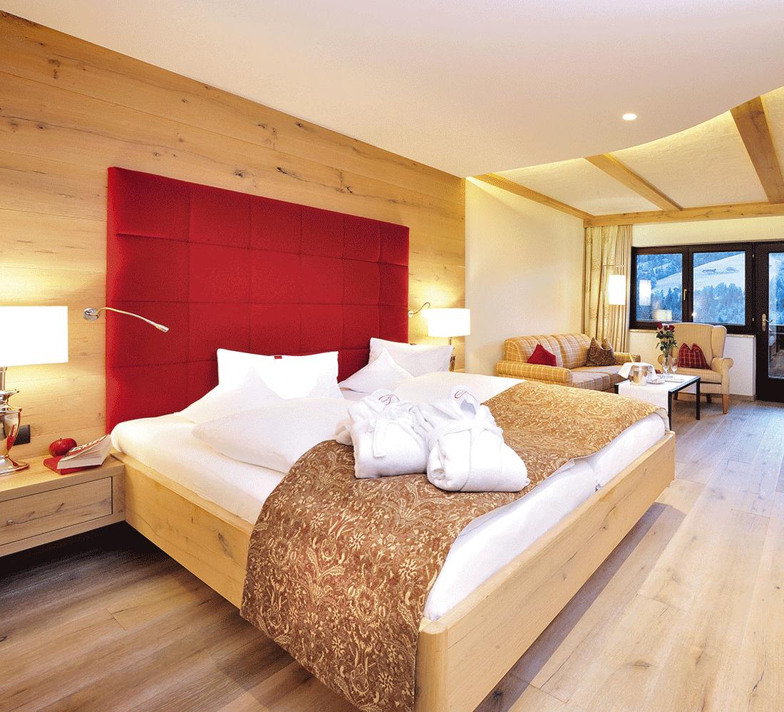Wohnkomfortzimmer Panorama im 4 Sterne Hotel Tirol