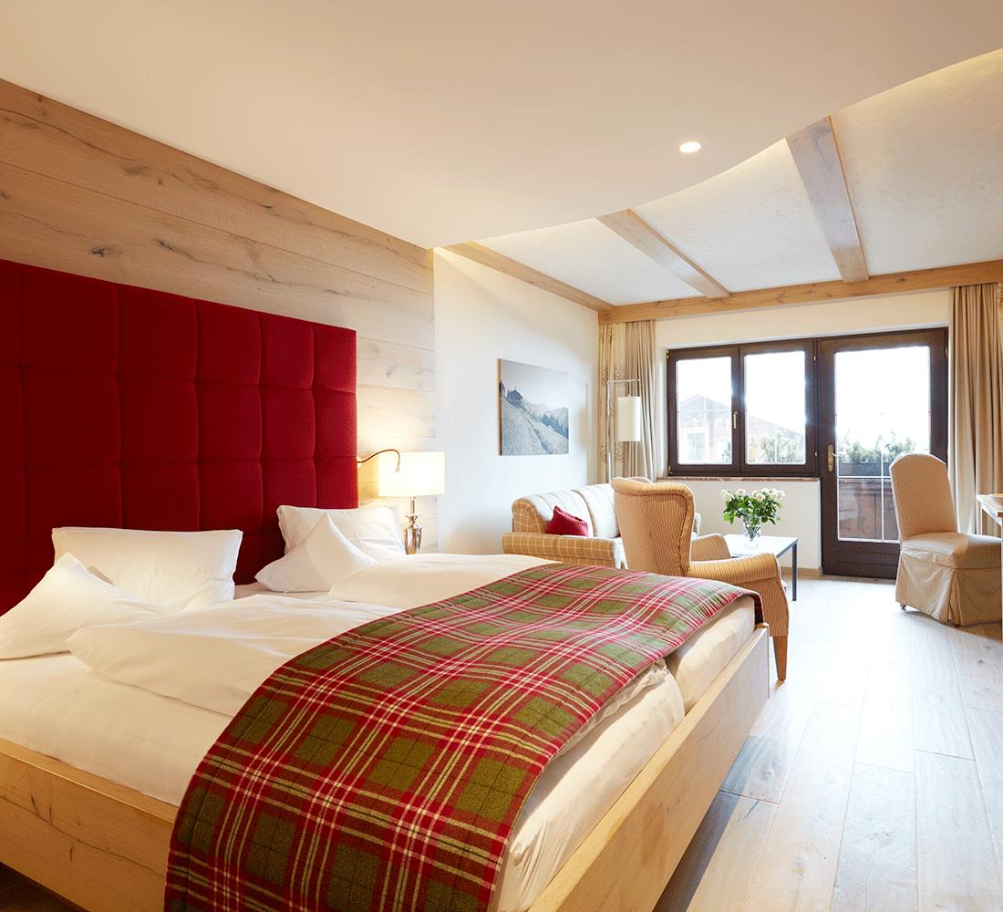 Wohnkomfortzimmer Romantik im Wellnesshotel Alpbachtal Tirol Der Alpbacherhof