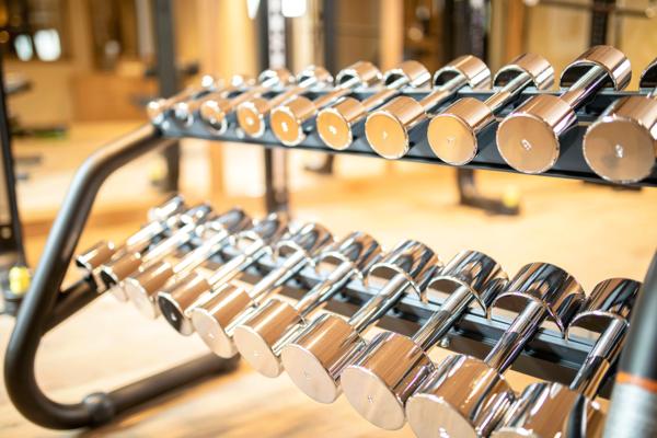Fitnessraum-Detail im Wellnesshotel Alpacherhof in Tirol