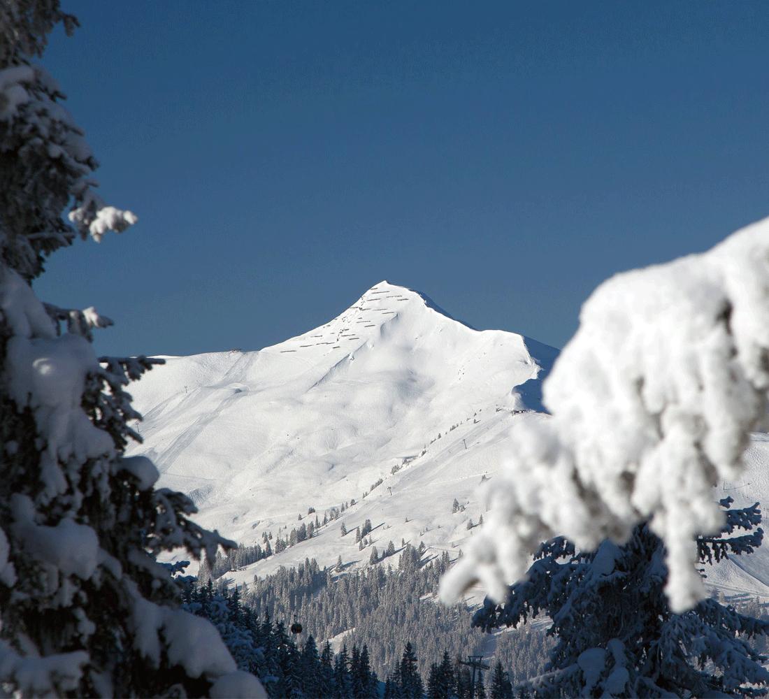Schneebedeckte Berge im Winter in Alpbachtal Aktivurlaub Alpbachtal