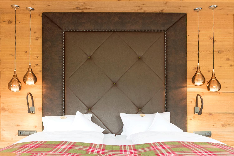 Suite Traumblick Bett (2) im Wellnesshotel Alpbacherhof in Tirol
