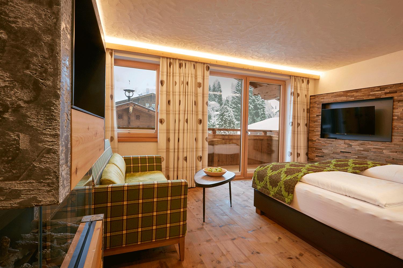 Wohnkomfortzimmer Juwel Aussicht im Wellnesshotel Tirol