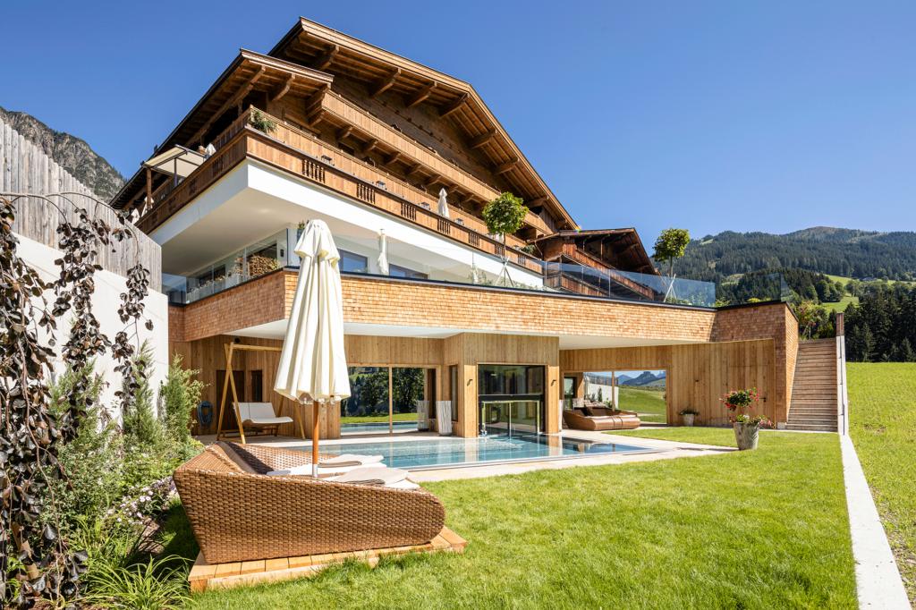 Wellnesshotel Tirol neuer Außenbereich
