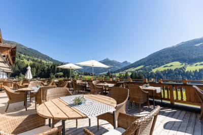 Ausblick von der Sonnenterasse Alpbacherhof dem 4 Sterne Hotel im Alpbachtal