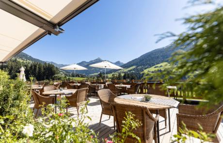 Sonnenterasse im Alpbacherhof im Naturhotel Alpbachtal Tirol