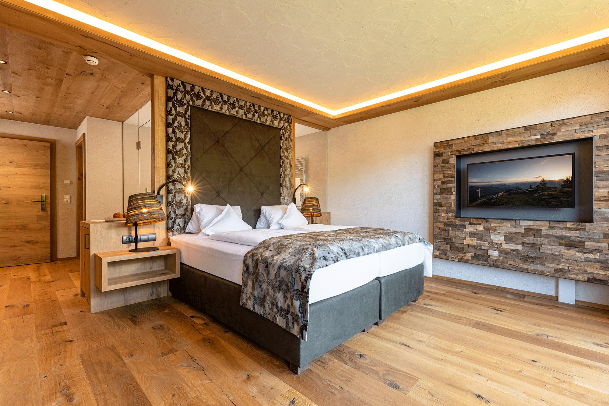 Wohnkomfortzimmer Bergzauber im 4 Sterne Superior Hotel Alpbacherhof im Alpbachtal