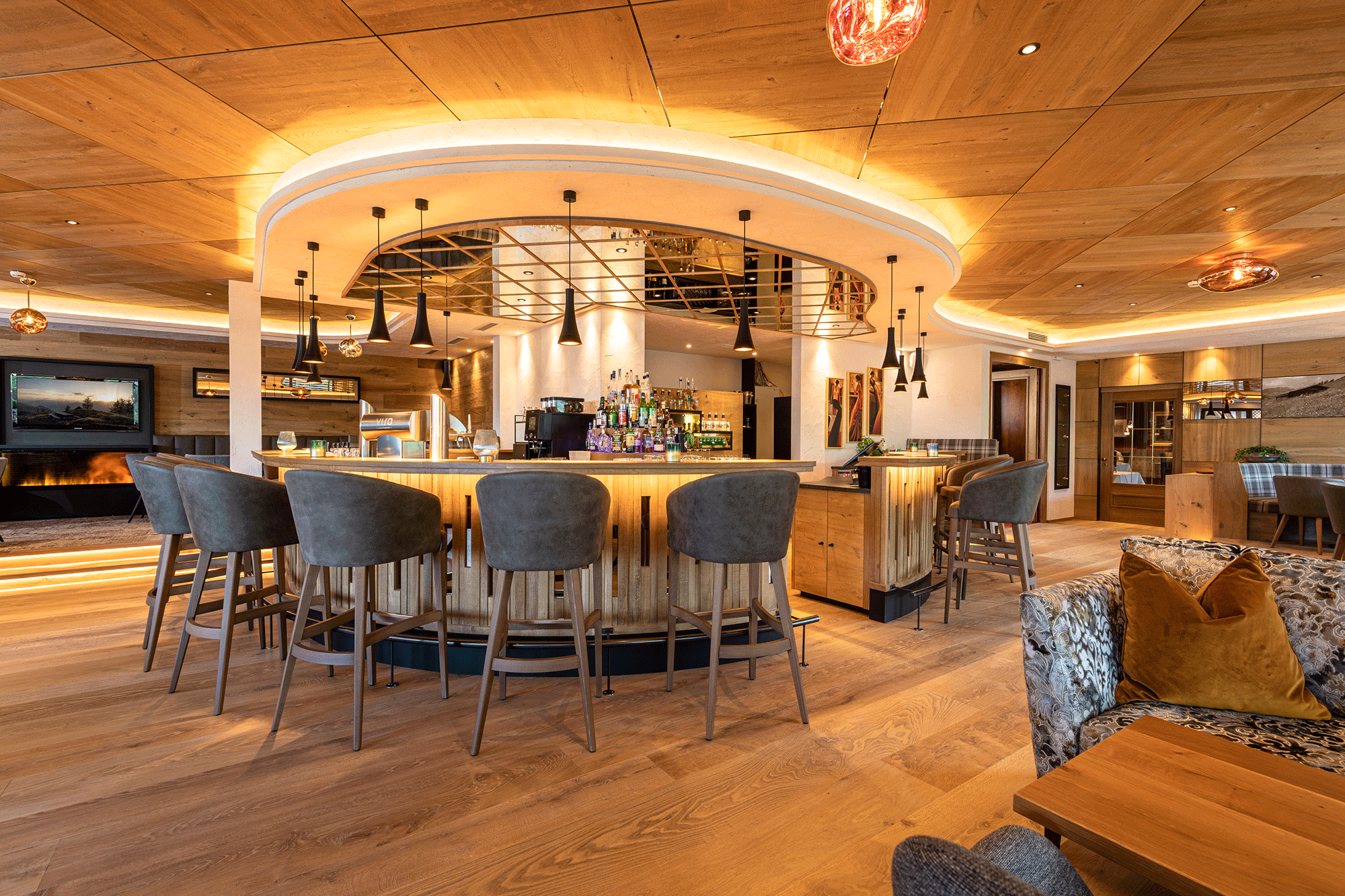 Bar im Hotel in Tirol neue Ansicht