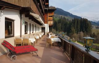 Terrasse vom Hotel in Tirol alte Ansicht