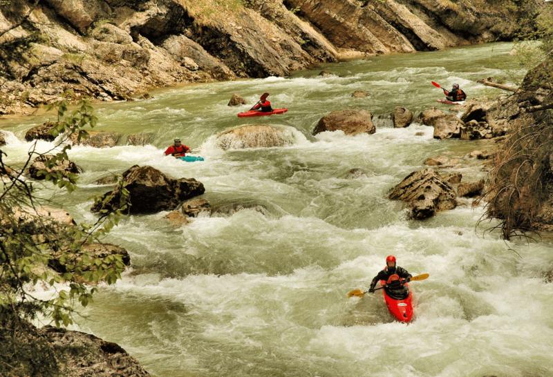 Kanufahren Brandenberger Ache Wildwassersport Kitzbüheler Alpen