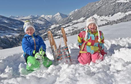 Kindern Rodeln bei Rossmoos Rodeln Alpbachtal