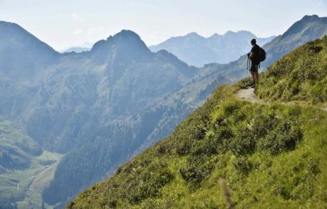 Wanderer Wiedersbergerhorn beim Aktivurlaub Alpbachtal