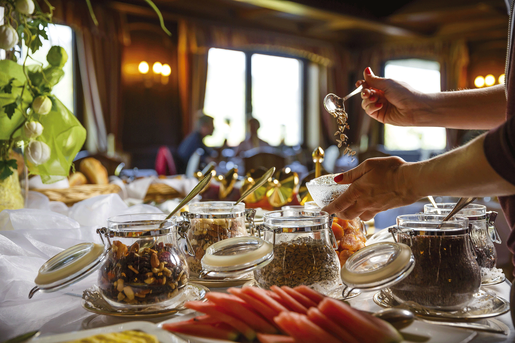 Frühstück Obst und Müsli im Hotel Tirol