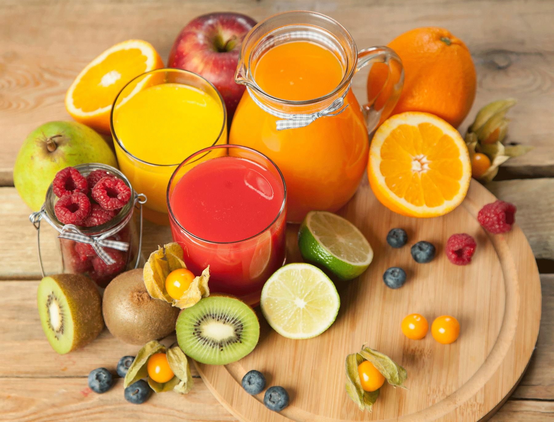 Vitalmenü mit frischem Obst und Säften im Spa Hotel Alpbachtal