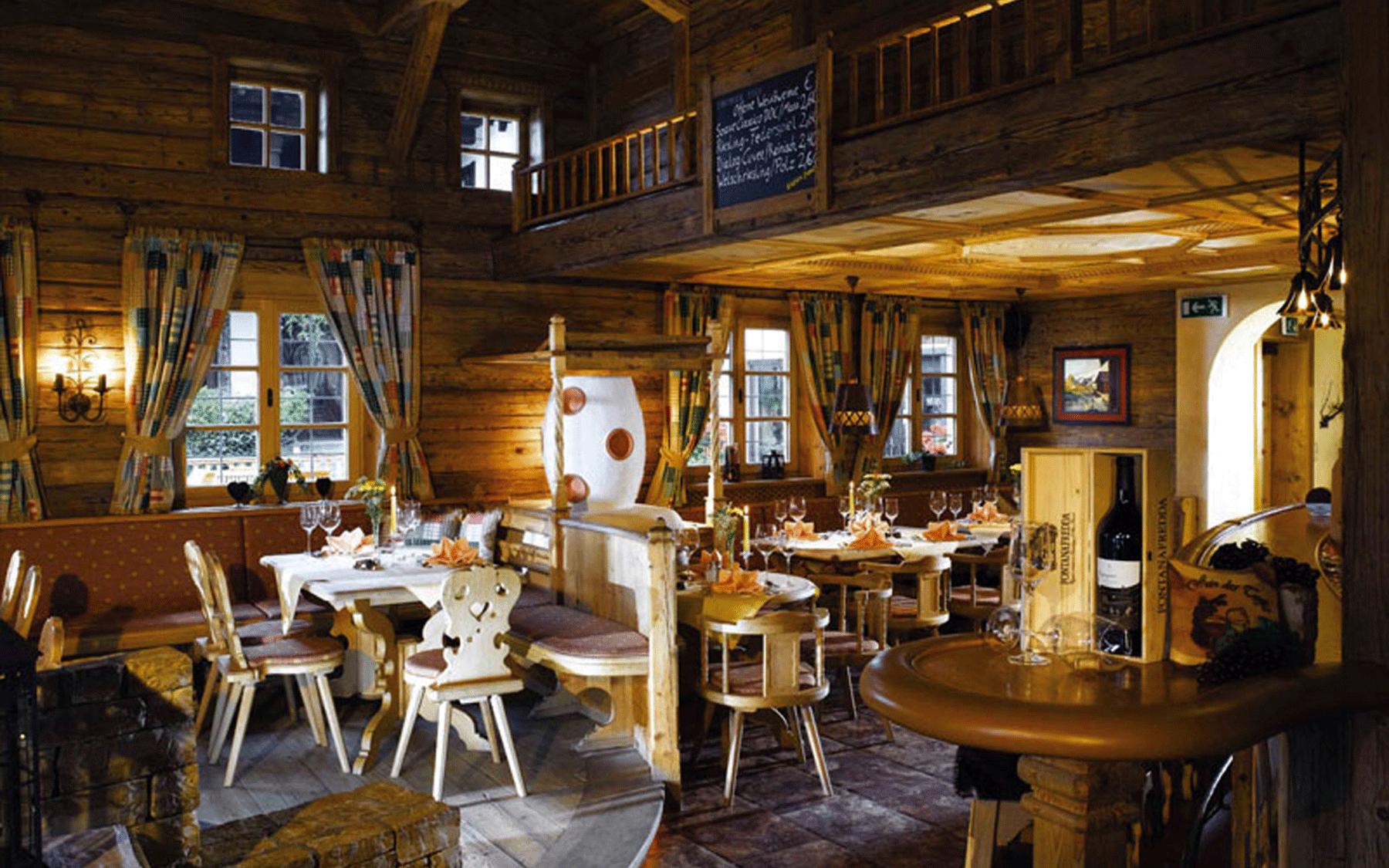 Postalm Innenansicht in Alpbach Österreich